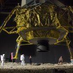 ТАЗИ ВЕЧЕР:Аполо: Завръщане на Луната (2 еп. x 60 мин.)