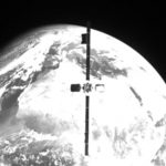 Роботизирания космически кораб MEV-2 на Northrop Grumman улавя активен спътник Intelsat IS-10-02